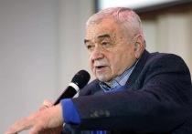В Петербурге скончался легендарный комментатор Эрнест Серебренников