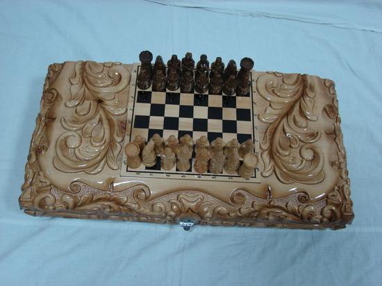 Уникальная ручная работа: заключенные Хакасии изготавливают нарды и шахматы