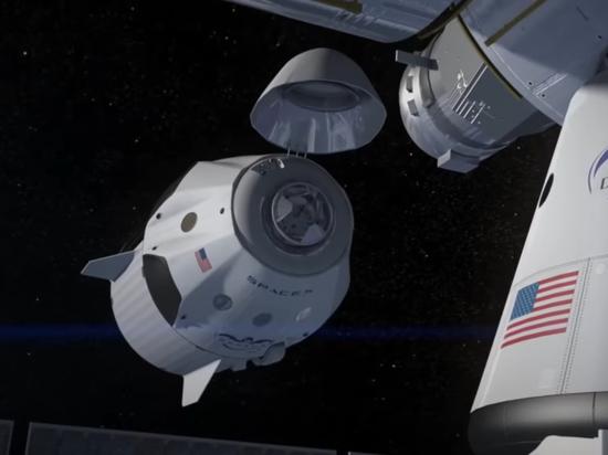 Определились первые космические туристы, которых Crew Dragon доставит на МКС