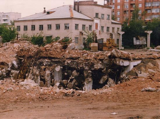 В Челябинске к 2022 году исчезнет котлован на месте прежней ткацкой фабрики