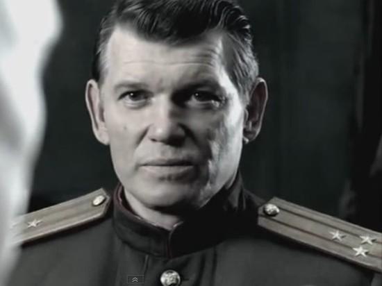 В возрасте 68 лет ушел изжизниактер театра и кино Юрий Лахин, сообщил на своей странице в Facebookуральский драматург Николай Коляда
