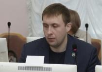 В рабочую группу о похоронном деле в Омске вошёл депутат, судимый из-за взятки могильной оградкой