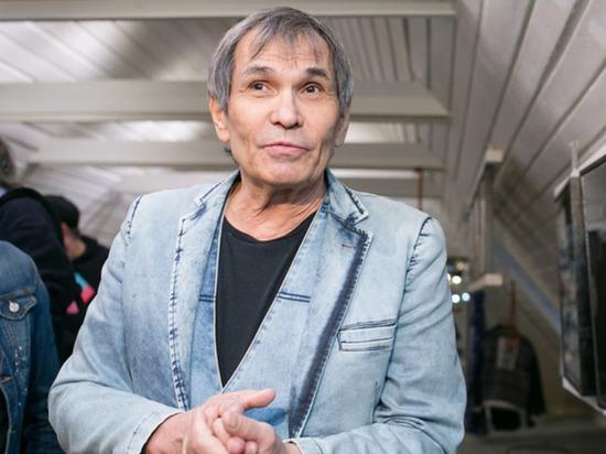Продюсер Бари Алибасов помещен вотделение реанимации одной из столичных клиник