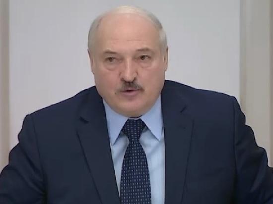Лукашенко сравнил протесты в России и Белоруссии