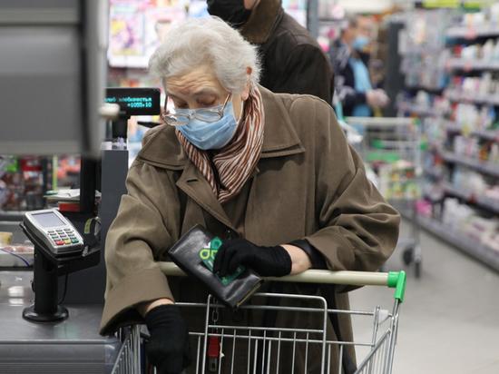Госдуму атаковали законопроектами о повышении выплат старикам
