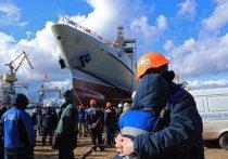 Аксенов: в Керчи спустили на воду новый корабль производства завода
