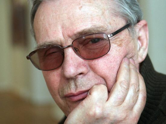Сергей Снежкин: «Вышли на Смоленскую площадь и приветствовали прохожих»