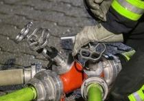 Пожарные за час потушили горевший чердак здания по Богомягкова в Чите