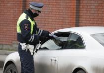Уже скоро инспектор ДПС на дороге сможет отнимать у водителя техпаспорт, если автомобиль неисправен