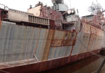 В Сети невесело пошутили о судьбе злополучного крейсера «Украина»