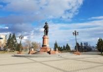 Мэрия Красноярска запретила парковку у БКЗ «из-за чистки снега»