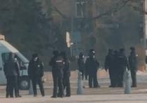 В Абакане 31 января полицейские прибыли на площадь раньше протестующих
