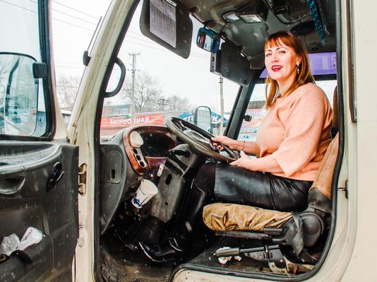 Работа в новосибирске водитель девушка летняя коллекция манго 2014