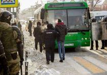 На митинге 31 января в Иркутске в полицию доставили 100 человек, в том числе 5 несовершеннолетних