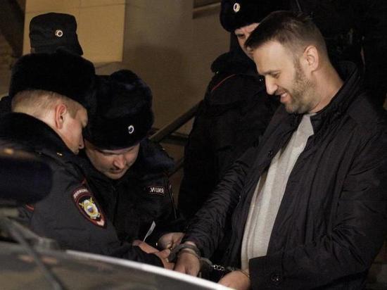 Берлин почти в ультимативной форме требует освободить Навального