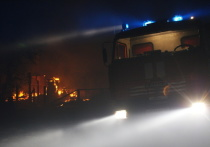 Жители частного дома в Саяногорске потеряли жильё в пожаре
