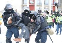 Суды Петербурга арестовали 109 человек за участие в митинге 31 января