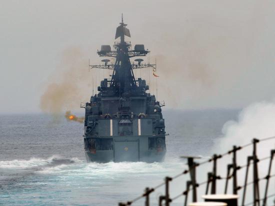 Вице-адмирал призвал разобраться с выходками США в Черном море «по-мужски»