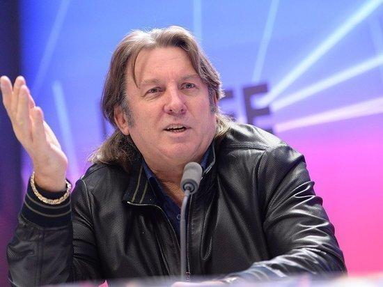 Юрий Лоза, комментируя протесты, призвал артистов не вмешиваться в политику