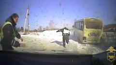 Пьяный водитель из Приморья устроил гонки на угнанном автобусе