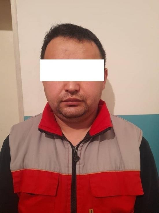 В Кыргызстане девушка заявила, что ее изнасиловал родной отец