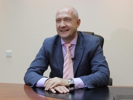Бывший главврач Ноябрьской ЦГБ Шалаев возглавил больницу в Чехове