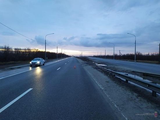 Пешеход на трассе под Волгоградом погиб под колесами грузовой фуры