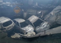 Появились фото и видео из сгоревшего склада автозапчастей в Красноярске