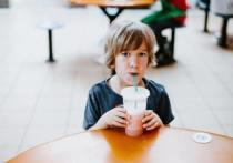 Питание в детстве влияет на здоровье кишечника во взрослой жизни