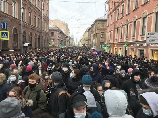 Суды Петербурга оштрафовали участников акций на сумму более 6 млн рублей
