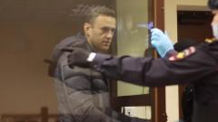 """Появилось видео Навального в Бабушкинском суде: """"Как призрак"""""""