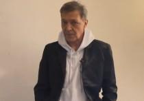 Скандал вокруг высказываний журналиста Александра Невзорова о Зое Космодемьянской дошел до Госдумы и может дойти до суда
