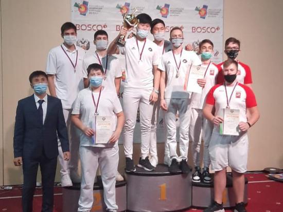 Чебоксарская команда по стрельбе из лука завоевала «серебро» на первенстве России