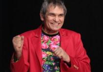73-летний музыкальный продюсер Бари Алибасов улетел из Москвы в инвалидном кресле