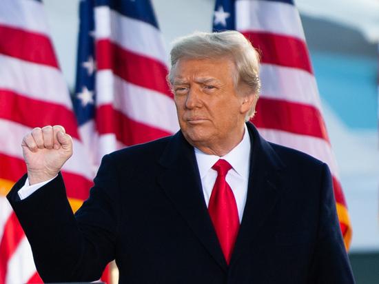 Демократы хотят уничтожить экс-президента США