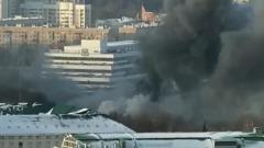 На юге Москвы загорелся склад лакокрасочных материалов