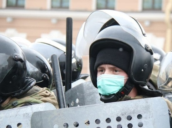 В Кремле припомнили забрало, говоря о коронавирусе