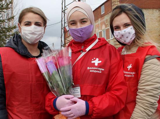 Волонтеров из Ноябрьска будут каждый год награждать знаками отличия