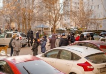 Астраханцы снова борются с управляющей компанией, незаконно захватившей дома на улице Боевой