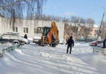 Областной центр 7 февраля засыпало снегом