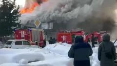 На Алтае сгорела деревянная вечерняя школа