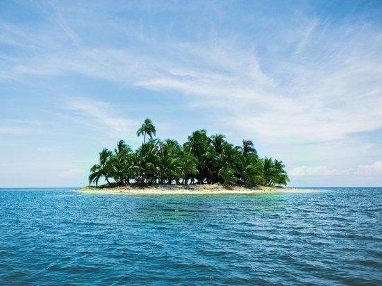 На Багамах спасли двух мужчин и женщину, более месяца проживших на необитаемом острове
