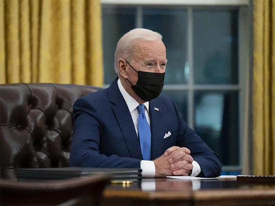 Байден впервые переговорил с Си Цзиньпином по телефону