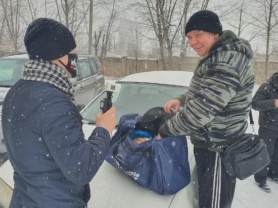 Обвиняемый в призывах к беспорядкам читинец Леха Кочегар собрал вещи в колонию
