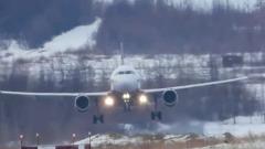 Российские пилоты показали мастерство посадки в шторм: самолет сдувало
