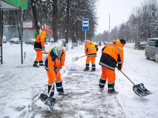 В Подмосковье мобилизовано рекордное число техники на период снегопадов