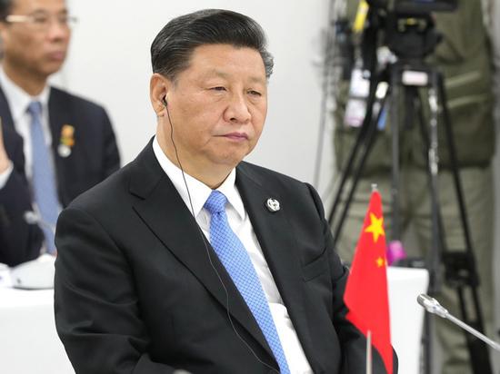 В первом разговоре с Си Цзиньпинем президент США выразил обеспокоенность по поводу все более «агрессивных» действий Пекина
