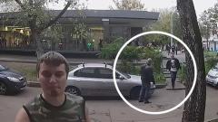 Сцена после расстрела «особистов» в метро: смертельно раненый пытается спастись бегством
