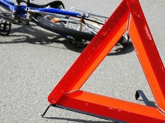 В Азове легковушка сбила пожилого велосипедиста