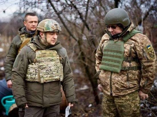 В Сети поиздевались над смешным бронежилетом Зеленского - МК